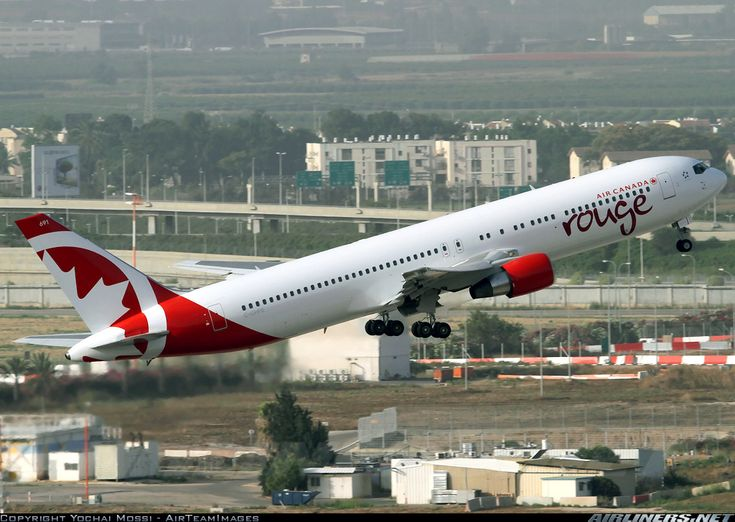 Air Canada Rouge C-GHPE Boeing 767-33A/ER aircraft picture
