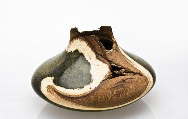 Bildergallerien und Beschreibungen von Hohlgefäßen, Hohlformen, Vasen, Urnen, Dekorations-Stücken aus verschiedenen Hölzern