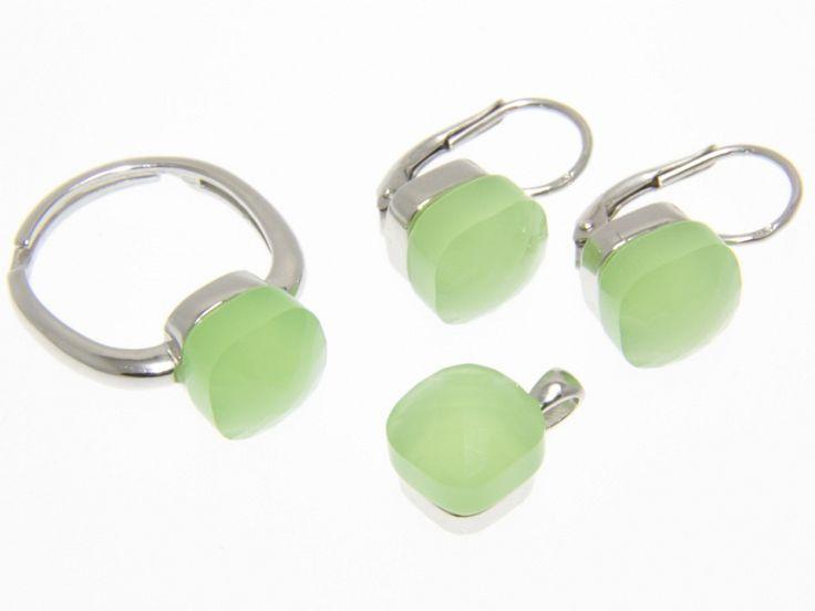 Zöld Swarovski kristályos ezüst fülbevaló medál és gyűrű szett