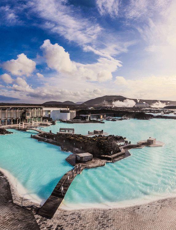 iceland-blue-lagoon-geothermal-pool