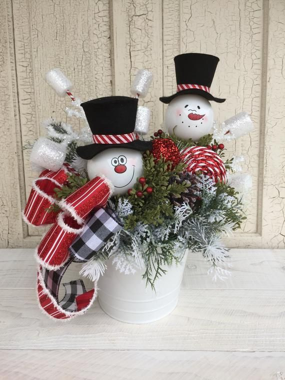 Christmas Snowman Centerpiece Christmas Table Centerpiece Etsy Christmas Table Centerpieces Christmas Centerpieces Diy Christmas Vases
