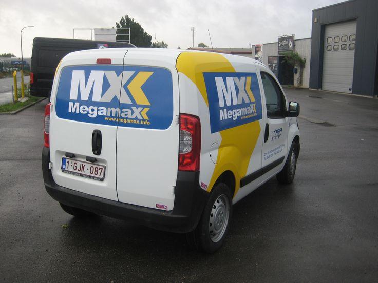 Habillage des véhicules pour la société Megamax.
