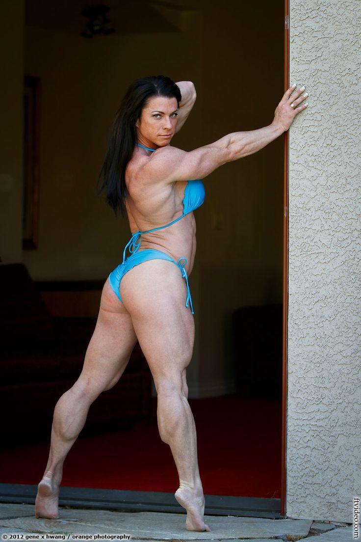 Fabiola Boulanger - 2014 IFBB Toronto Supershow   Female ...  Fabiola Boulanger Abs