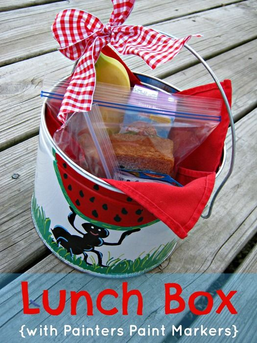 Personalized Lunch Box via @Ginger {Ginger Snap Crafts}