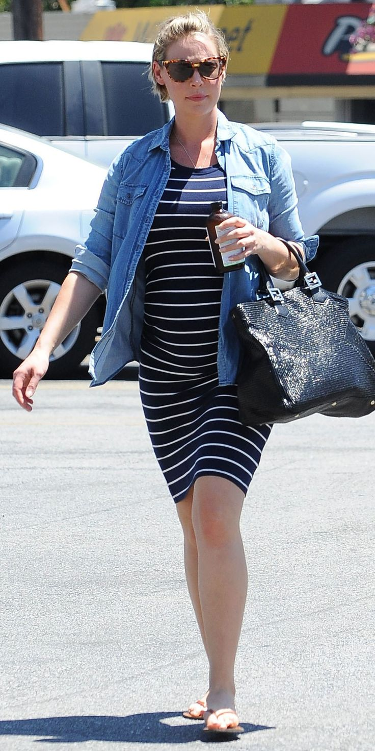 Pregnant Katherine Heigl Steps Out in a Relaxed Bump-Hugging Number from…