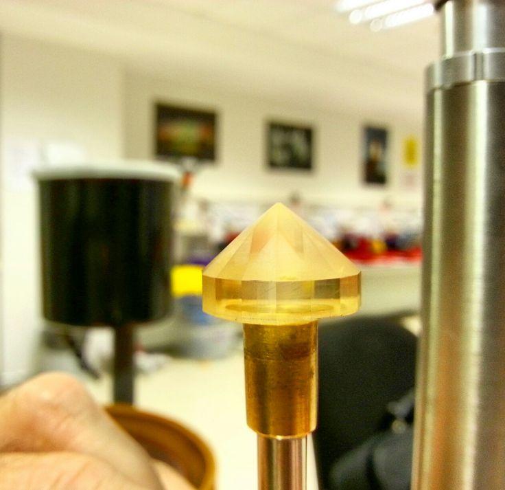 Diamond cut handmade lafyfery