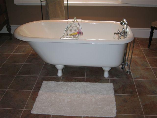 Clawfoot Bath Tub Antique | Bathtub Refinishing Hamilton | Bathtub King  Refinishers | Bathroom .