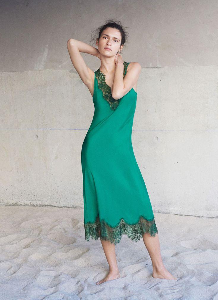 Uterqüe España Product Page - Última semana - Ver todo - Vestido seda lencero - 150
