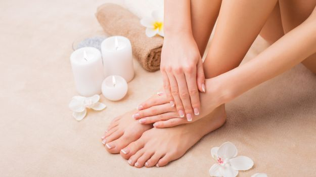 5 Effective Home Remedies for Cracked Heels - NDTV