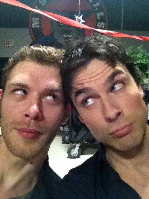 tweeted by Ian Somerhalder - Damon and @JosephMorgan aka Klaus shooting scenes