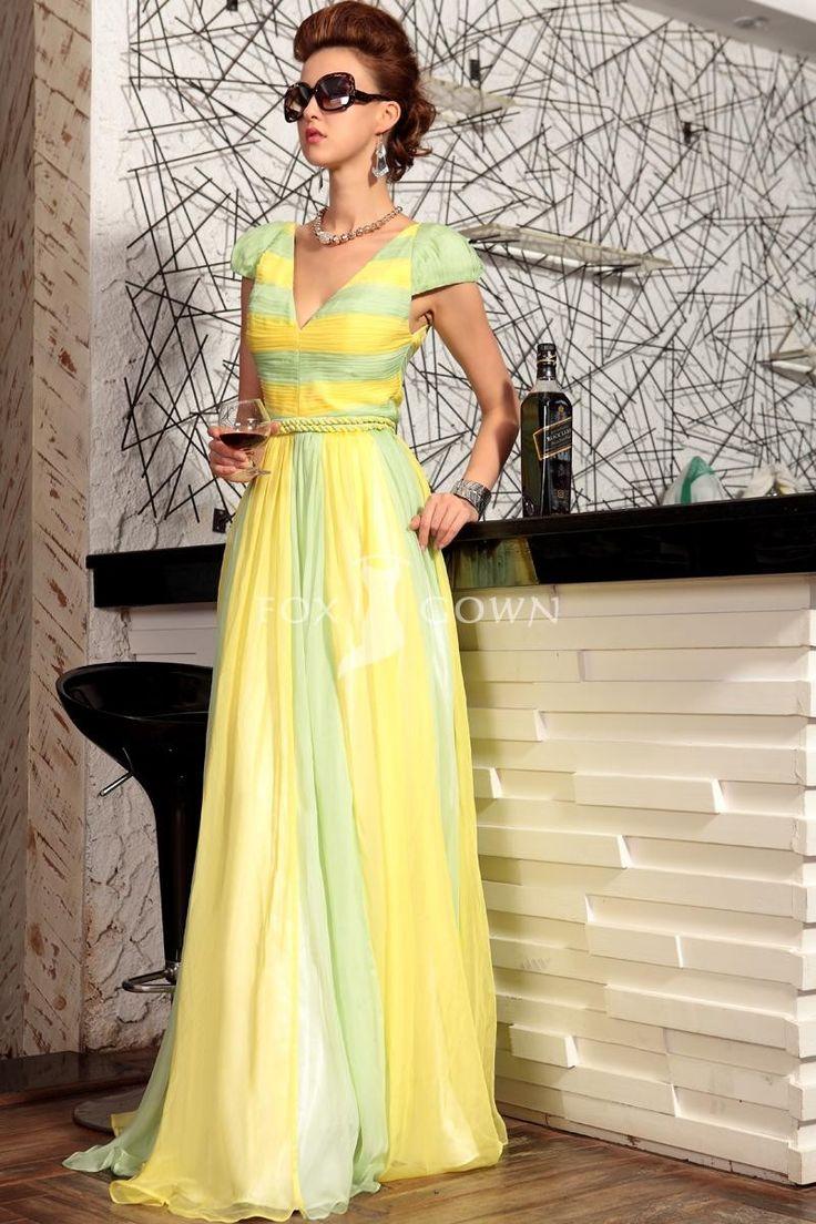 Designer Narzissen Chiffon V-Ausschnitt Cap-Sleeve formelle Kleidung mit plissierten Mieder $291 Heimkehr Kleider