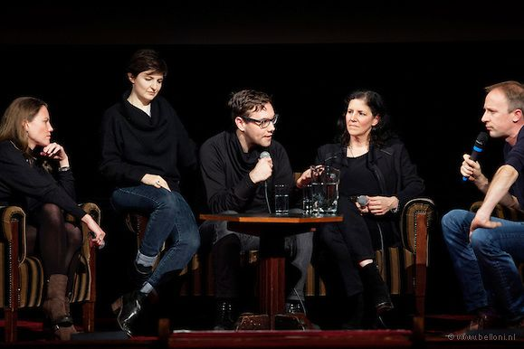 141123418-QnA-Laura-Poitras-CITIZENFOUR-BLOG.jpg (579×386)
