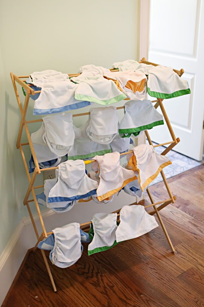 Love this - clean your diapers - article.  It's a busy Mom's perfect how-to!!