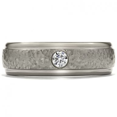 Hearts On Fire Commanding Grey Titanium Hammered Dome Step Band This lightweight, grey titanium mens band is characterized by a truly unique design. With a hammered center, this ring bears a distinct look that is both masculine, and fashion-forward. And with one small, perfectly cut diamond, it has some added design elements, while also remaining modest.