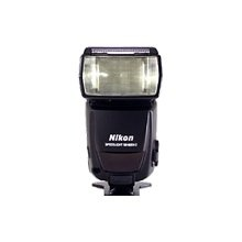 Nikon SB 800 Speedlight - Hot-shoe clip-on flash - 56M  use to compare with the others     $399 online