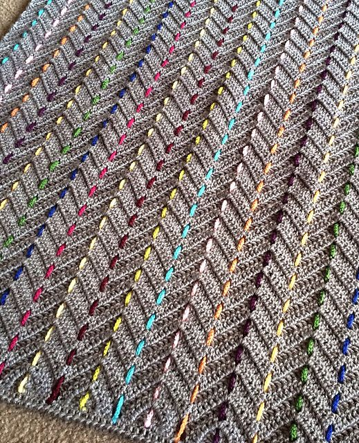 Ravelry: Threaded Colors Chevron pattern by BabyLove Brand