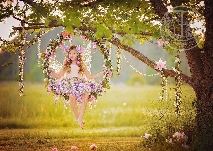 Fairyography | www.fairyography.com | Fairytale Photo Sessions #photography #photographer #childphotography