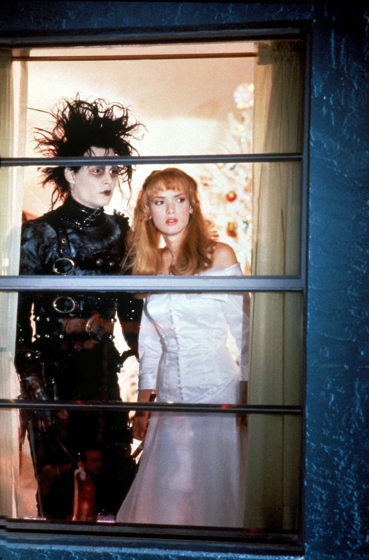 "compare the feature film edward scissorhands Edward scissorhands ""explain why the film 'edward scissorhands' belongs to the gothic genre"" gothic fiction, which can also be referred to as gothic horror, is a genre of literature which."
