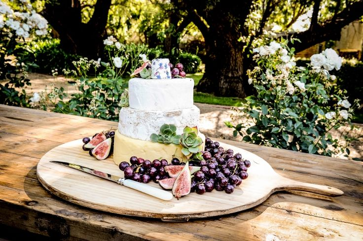 Love the Cheese Wheel cake on our French Cheese Board @ Chateau Dore Winery www.richardgibbsphotography.com.au