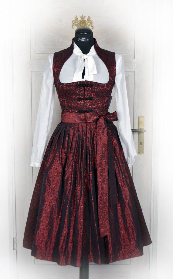 Snow white collar-Dirndl in Ruby Red stretch Brocade MIDI Dirndl enchanting Brocade-stretch fabric with a beautiful Spitzennmotiv, exclusively in