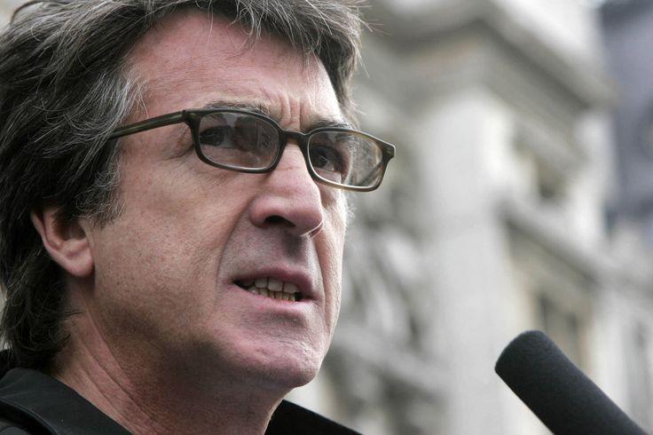 François Cluzet gagne son procès contre l'ex-commissaire Michel Neyret Check more at http://people.webissimo.biz/francois-cluzet-gagne-son-proces-contre-lex-commissaire-michel-neyret/