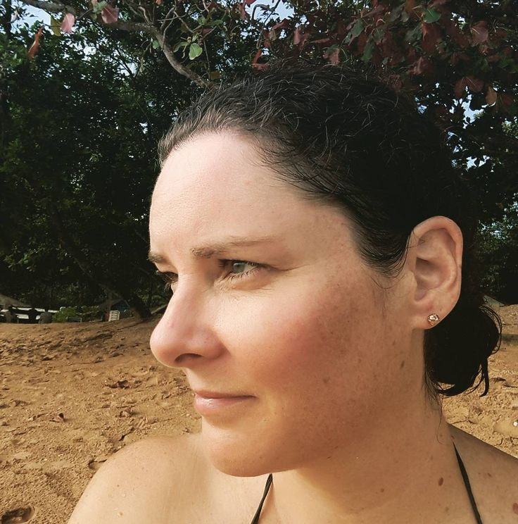 Ace when the weather forecast is spot on. Made it to the beach and swam and napped in the sunshine inbetween showers. Great to be outdoors. #beach #halfday #Krabi . . . #Aonang #Aonangbeach #thailand #selfie #thoughtful #breathing #nature #coveredinsand #tookanap #justwokeup #beachtime