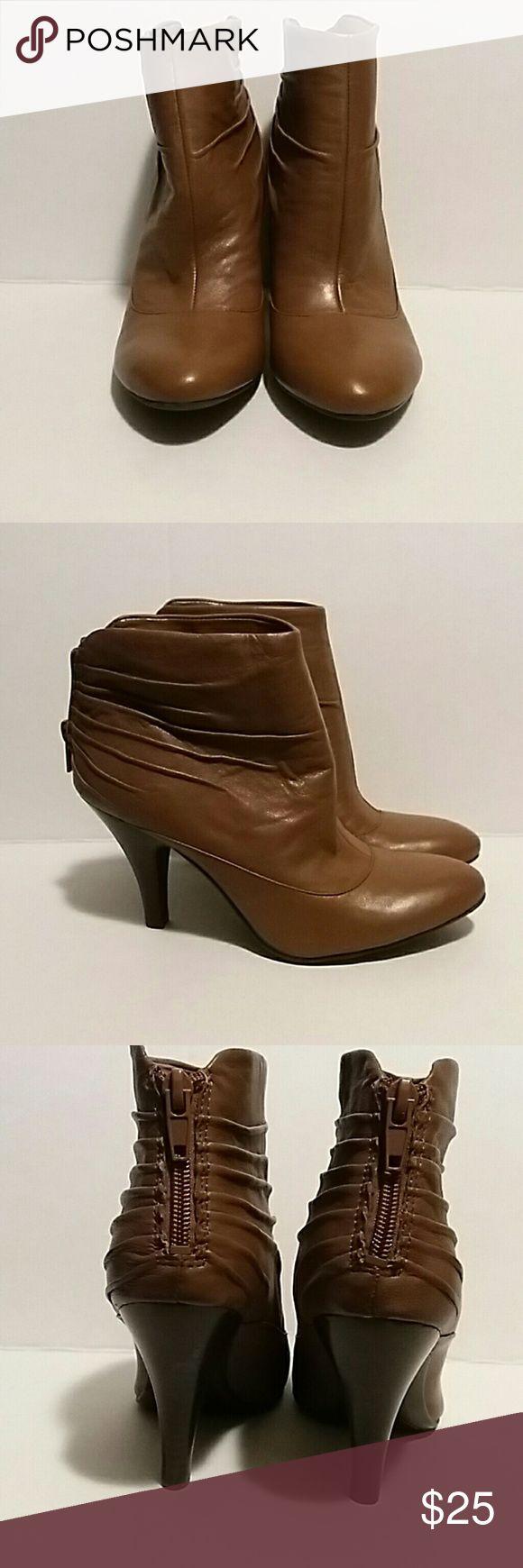 Nine West Beige Ankle Booties Nine West Beige Ankle Booties Nine West Shoes Ankle Boots & Booties