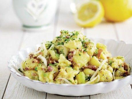 Färskpotatis mosad med citron, olivolja, färsklök och bacon – Allt om Mat