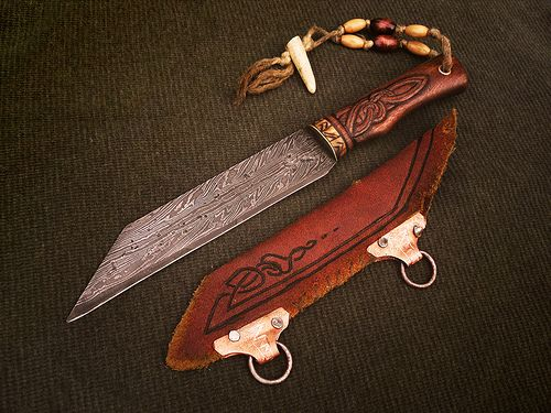 Hildeofor is a composite twist pattern welded Germanic style broken backed hunting seax. Crafted to be strong keen and at the ready on any rough grueling hunt, Hildeofor is a trustworthy companion for the true skilled hunter or Nordic outdoorsman.