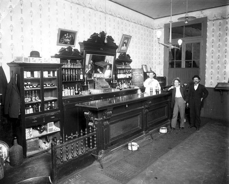 1000 Ideas About Western Bar On Pinterest Saloon Decor