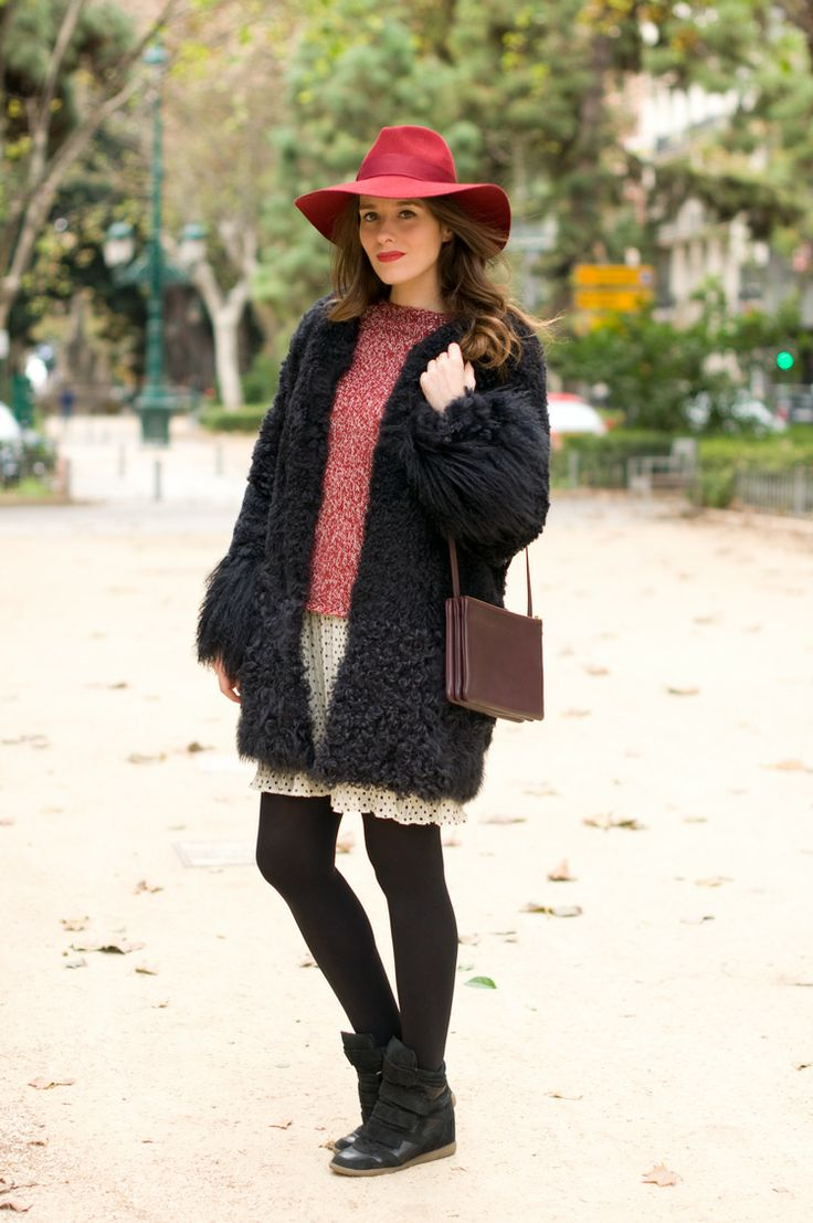 #fashion #fashionista @macarena gea photo 5-yeti_coat-faux_fur-burgundy_hat-street_style_zps5bb84d55.jpg