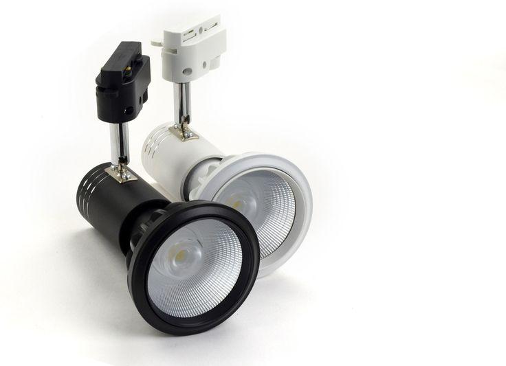 Faretto a Binario con LED Nichia per Arredamento negozi e Attivita commerciali , Lampada Par30 con base E27 montato su una portalampada da Binario Monofase Colore Bianco o Nero