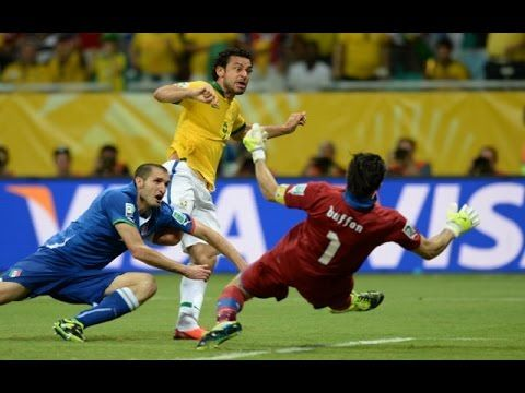 football skills,football fails,football ankle breakers,football accidents,football amazing catches,football amazing moments,football big hits,football baby,football best jukes,football best catches,football celebrations,football commercial,football celebration dances,football comedy,football catches amazing,football dribbling  skills,