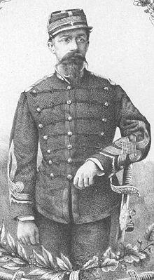 Francisco Muñoz Bezanilla (1841-1882), Teniente Coronel Graduado, Comandante del Regimiento Granaderos a Caballo. 1856 se incorpora al ejército como Alférez en la frontera de Arauco. Participa en la guerra contra España. Fundador de Angol y Mulchén. 1880 Participa en Tacna, Chorrillos y Miraflores. En Lima, Jefe del Estado Mayor del Ejército de Ocupación.
