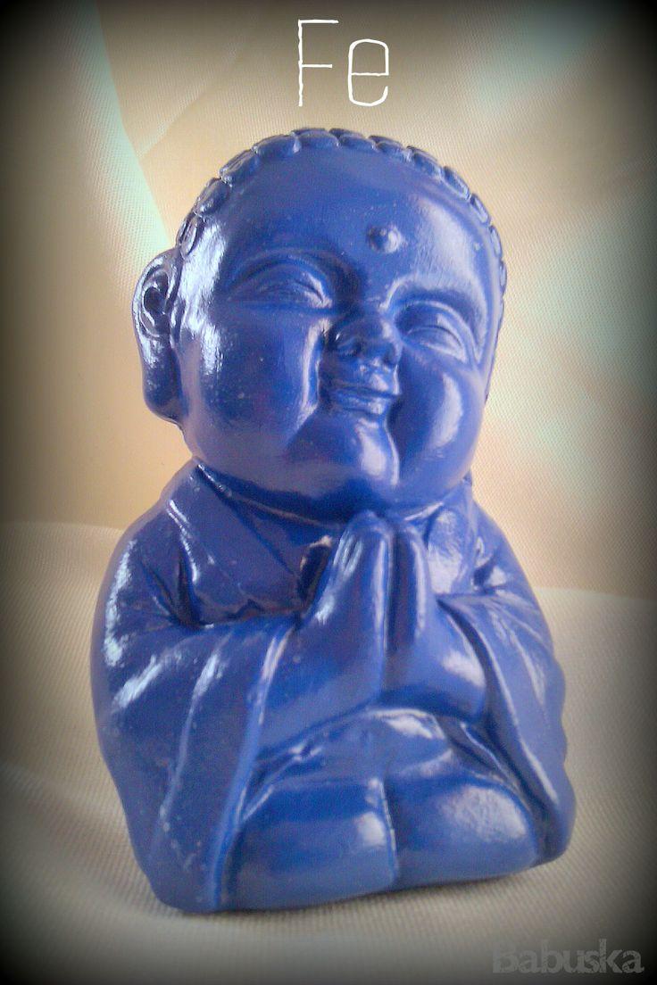 """Buda """"Fe"""" pintado y laqueado a mano. http://babuskaconamor.blogspot.com.ar…"""