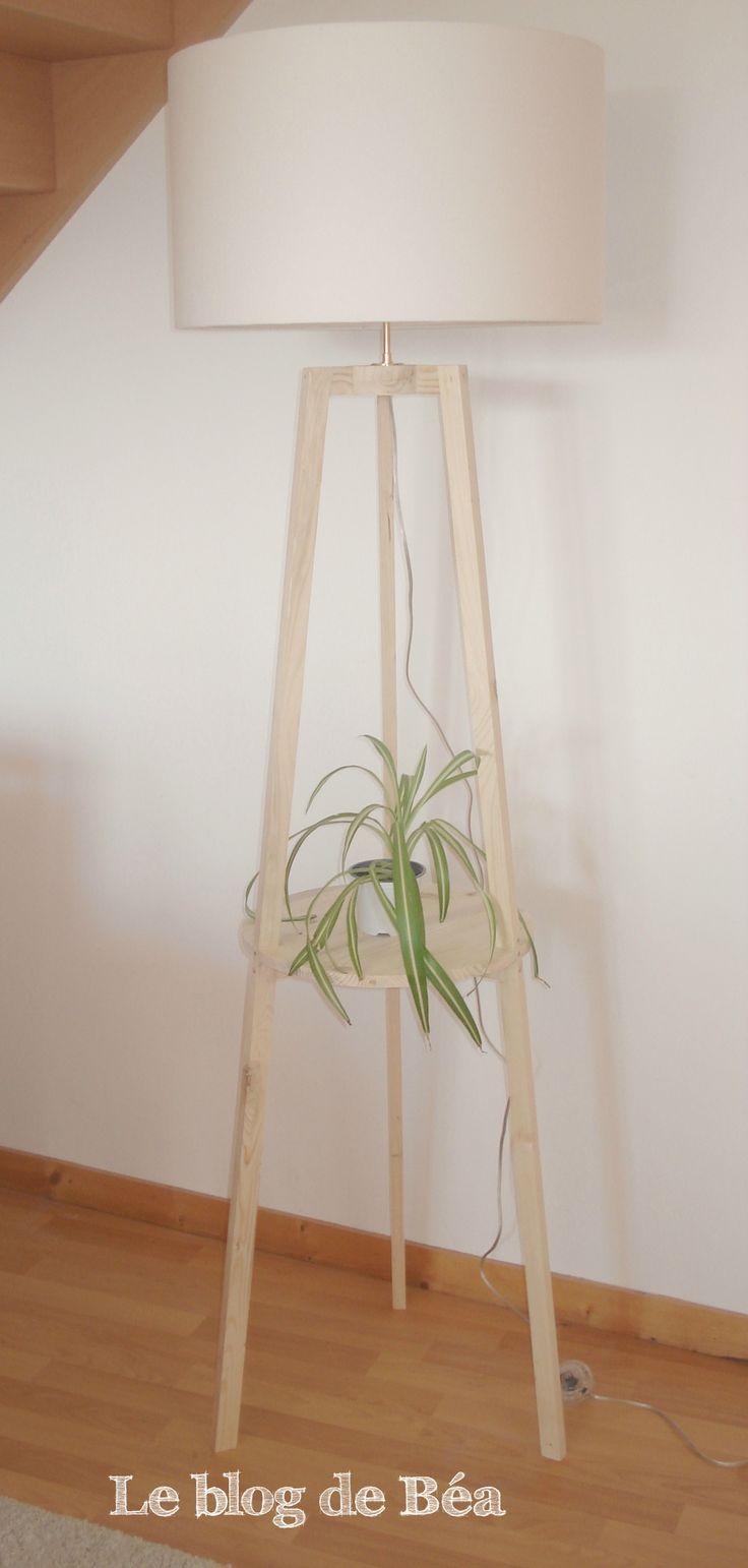 DIY lampadaire trépied en bois de palette - le blog de Béa