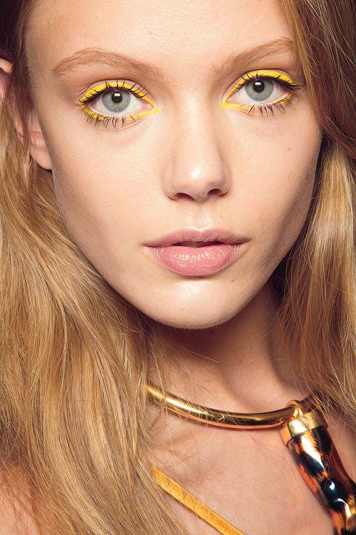 Sunshine girl, eye makeup, yellow, bright eyes, eye trends