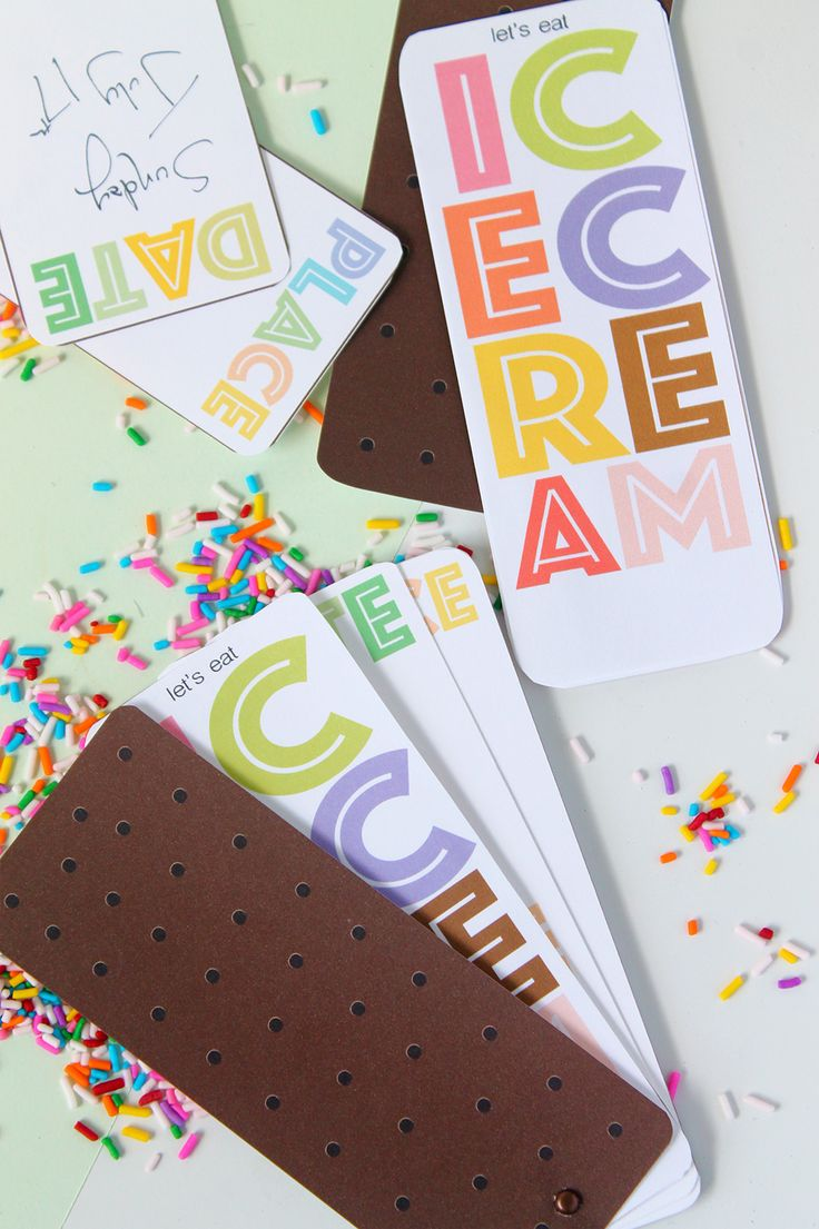 Hosting an ice cream party? Print and put together these invitations that assemble into an ice cream sandwich | Squirrelly Minds