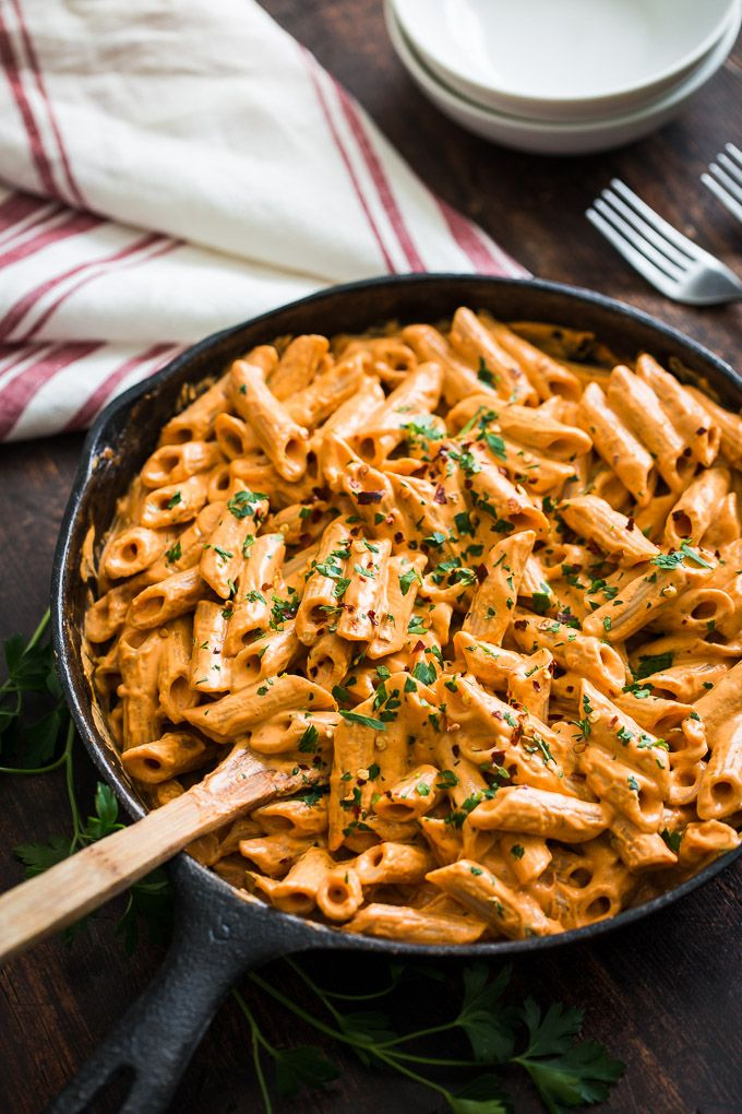 Creamy Cashew Roasted Red Pepper Sauce