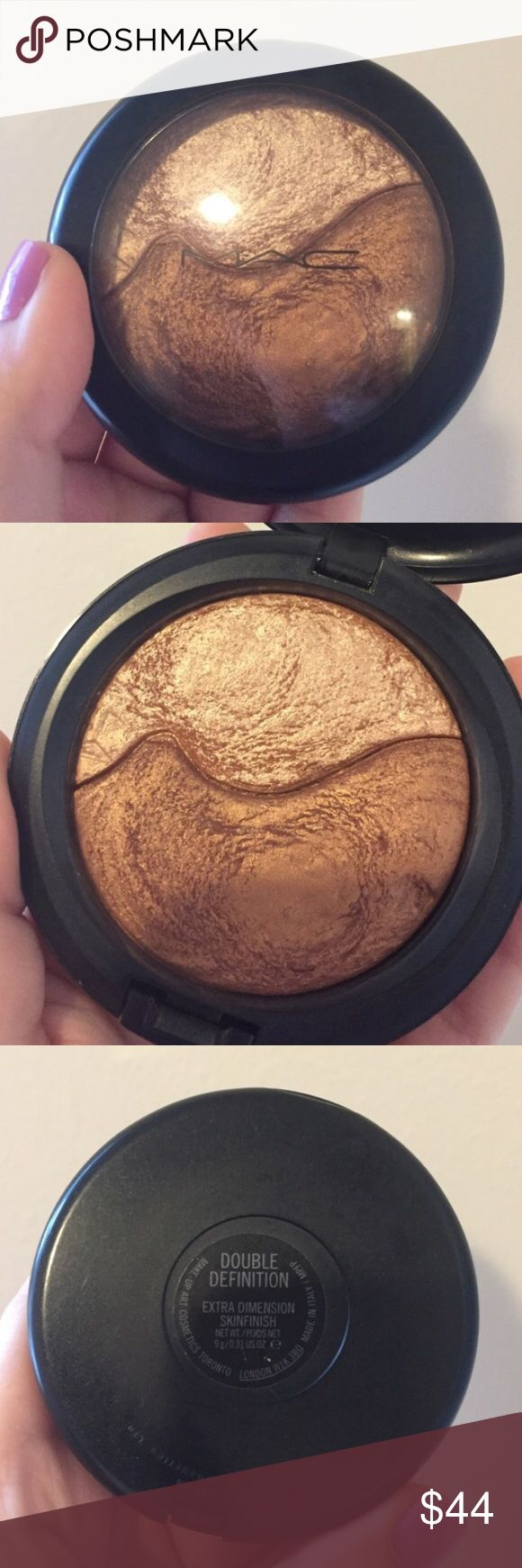 """MAC Double Definition MAC Extra Dimension SkinFinish  """"Double Definition"""" LIMITED EDITION♡ Rare & Hard to find, Usage shown above Price is firm 🚫No Trade MAC Cosmetics Makeup Luminizer"""