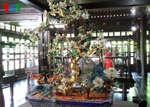 trưng bày hơn 100 món trang sức cổ việt nam  hình 2