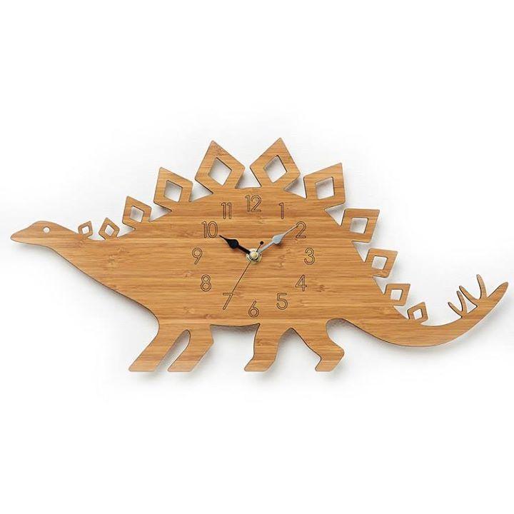 Superb Dinosaurier Wanduhr aus Holz von Owl u Otter Gibt es hier http