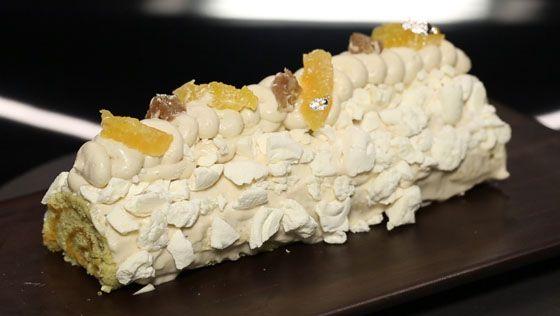 - Biscuit roulé (marmelade de clémentine)- Chantilly marron- Réalisation