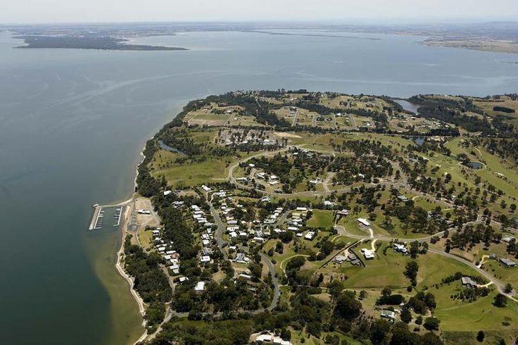 100-Kings-Cove-Boulevard-Metung-VIC-3904-Real-Estate-photo-2-large-6521019.jpg (800×533)