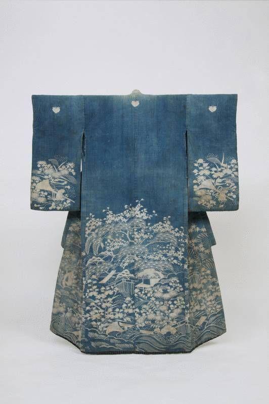 """Tamotosode Kimono für Mädchen, Muster """"Landschaft"""" (Fukei-moyo) mit Bergen und Hütten"""