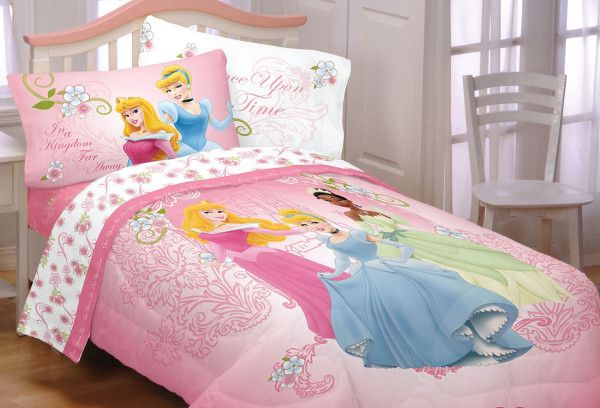 Disney Princess Bedroom Ideas for Little Princess - http://bcanes.com/disney-princess-bedroom-ideas-for-little-princess/