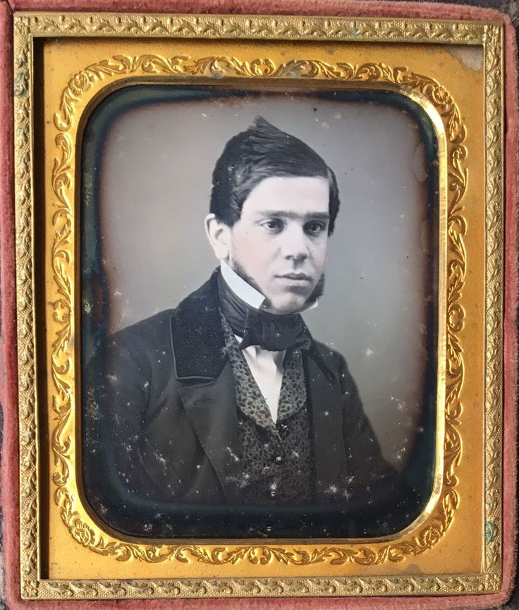 Details about HANDSOME YOUNG GENTLEMAN UNIBROW MUTTON CHOPS STYLED HAIR 1/6 DAGUERREOTYPE D473
