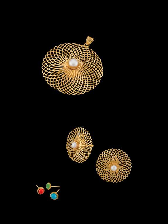 'Chandramallika' - Convertibles Collection.   Spirograph chrysanthemum pendant with interchangeable centrepiece in four colours – coral, pearl, turquoise, green onyx. A celebration of the craft of fine jewellery making.
