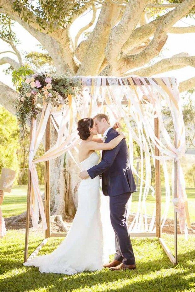preciosos arcos para bodas en la playa y en el jardn