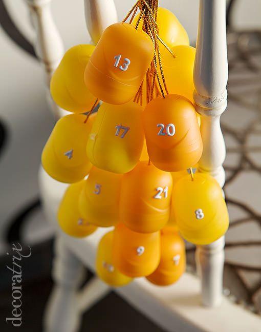 Calendario de adviento con huevos Kinder | Decoratrix | Decoración, diseño e interiorismo